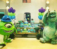 Monstros SA, personagens da Manto Produções e mesa decorada pela Marcia Colonese e festa realizada no Buffet Miniland Tatuapé 🎈# Sullivan #mikewazoviski #monstersinc #dreamworks
