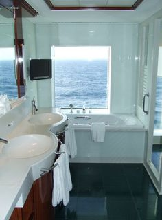 cruise ship bathroom pictures | Norwegian Gem Penthouse Suite Bath - Category AB - Suite #11512, Page ...