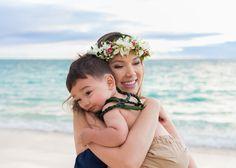 Lanikai Beach Maternity & Family Photo Session | Oahu Family Photographer, Honolulu, Waikiki, Hawaii | Caroline Wilhite Photography