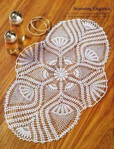 Crochet: Doilies oval track / some very cool doilies here, with diagrams. Free Crochet Doily Patterns, Crochet Art, Thread Crochet, Filet Crochet, Crochet Designs, Hand Crochet, Knitting Patterns, Crochet Table Runner, Crochet Tablecloth