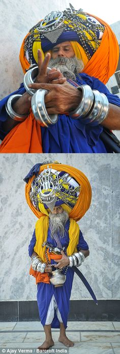 India | Devout Sikh, Avtar Singh Mauni.  Punjab | ©Ajay Jain . Bancroft India   |||  Source; www.dailymail.co....