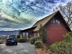 Remodeled Upscale Home • The Best of All... - VRBO