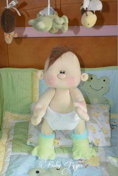 bebe.....(such a bundle of cuteness!)...                                                                                                                                                                                 Mais