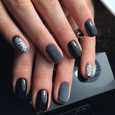 Beautiful evening nails, Black and silver nails, Black lacquer nails, Evening…