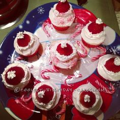 Coolest Santa Hat Christmas Cupcakes... This website is the Pinterest of birthday cake ideas
