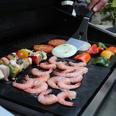 The Bar-B-Que Grill Mat will stop those annoying flame flare-ups, eliminates dirty grills, and grill marks still sear on the meat. All juices will remain intact while you still keep the savory flavor and the original grill marks for your traditional outdo