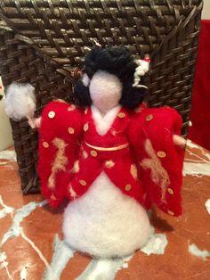 Un preferito personale dal mio negozio Etsy https://www.etsy.com/it/listing/496431932/geisha-sposa-in-stile-waldorf-in-lana