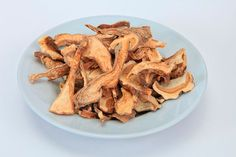 Как сушить грибы правильно? Как сохранить необычный вкус и аромат грибов Bacon, Mexican, Breakfast, Food, Ethnic Recipes, Morning Coffee, Essen, Meals, Yemek