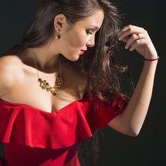 Hexcluster von MY MAGPIE Vienna... ein Musthave für starke, selbstbewusste Frauen! Gold Jewelry, Jewelery, Cluster, Confident Woman, Witches, Jewlery, Jewels, Schmuck, Jewelry