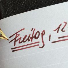 Freitag mit Noodler's Black Swan in English Roses.  Die Premium Füllfedertinte aus den USA in einer faszinierenden Farbschattierung!  #Premiumtinte #10X_your_handwriting