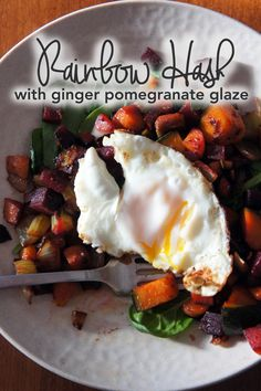 Rainbow Hash with Ginger Pomegranate Glaze - Happy New Year! Paleo On The Go, How To Eat Paleo, Vegetarian Recipes, Healthy Recipes, Breakfast Hash, Happy Foods, Whole 30 Recipes, Food Inspiration, Healthy Eating