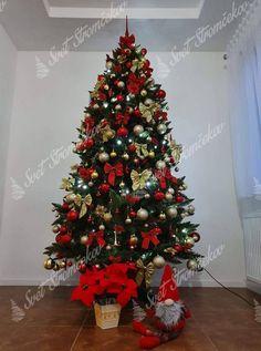 Ako ozdobiť vianočný stromček ? trendy pre rok 2020   Svet Stromčekov Poinsettia, Christmas Tree, Holiday Decor, Trendy, Home Decor, Noel, Teal Christmas Tree, Decoration Home, Room Decor