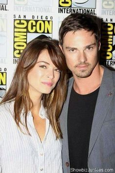 Jay Ryan and Kristin Kreuk SDCC 2013
