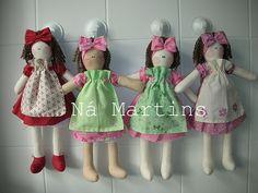 bonecas  by Ná Martins, via Flickr