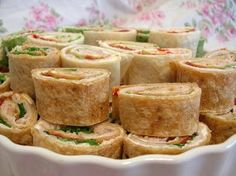 ORDINARY MOMMY DESIGN: Pinwheel Party Sandwich Recipe.
