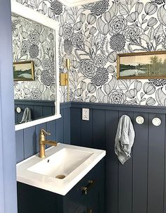dream dates Lana DeFrancesco transformed a dated powder room into a blue floral dream! The high contrast between rich blue wainscoting, gold accents and our Alannah Navy Botanical Wallpape Upstairs Bathrooms, Downstairs Bathroom, Bathroom Renos, Bathroom Interior, Modern Bathroom, Bathroom Wainscotting, Bathroom Ideas, Blue Bathrooms, Half Bathroom Decor
