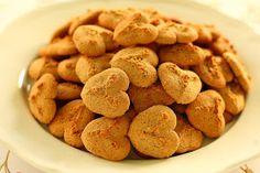 TücsökBogár konyhája: Keksz (paleo) Dog Food Recipes, Cereal, Almond, Muffin, Cookies, Breakfast, Crack Crackers, Morning Coffee, Almond Joy