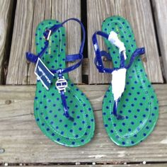 Tommy Hilfiger Blue Thong Sandals Flats with a 1/2 inch heel. Kelly Green with blue polka dots. ⬇️reduced⬇️ Tommy Hilfiger Shoes Sandals