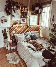 With the new school year approaching comes the mad dash to find the perfect dorm room decor and accessories to Bohemian Bedroom Decor, Boho Room, Nature Bedroom, Dream Rooms, Dream Bedroom, Gypsy Bedroom, Cute Room Decor, Room Ideas Bedroom, Bedroom Inspo