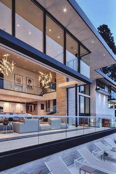46 Luxury and Elegant Living Room Design. Luxurious living room spells different to everyone but each of us has a common notion of what is luxurious and not. Modern Home Interior Design, Luxury Home Decor, Modern House Design, Style At Home, Luxury Homes Exterior, Elegant Living Room, Modern Living, Modern House Plans, Modern Houses