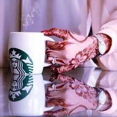 henna Image by ساره 👑 Unique Henna, Unique Mehndi Designs, Beautiful Mehndi Design, Latest Mehndi Designs, Henna Designs, Mehendi, Henna Mehndi, Arabic Henna, Henna Art