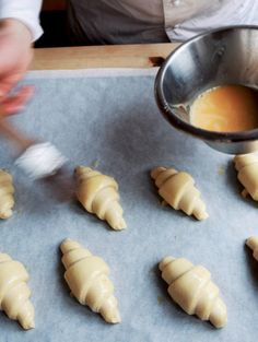 Gebakken lucht! Zelf croissants maken in 8 stappen | ELLE Eten