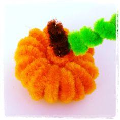 Pipe cleaner pumpkin