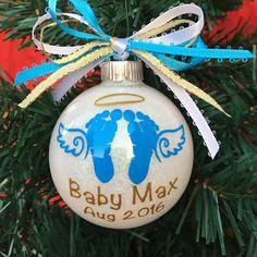 Christmas Memorial Gift Memorial Ornament In Memory Vinyl Ornaments, Memorial Ornaments, Glitter Ornaments, Personalized Christmas Ornaments, Memorial Gifts, Custom Ornaments, Glass Ornaments, Christmas Bulbs, Christmas Stuff