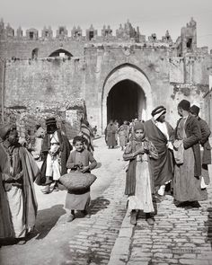 2nd Nov. 1917 Jerusalen (Palestina) no había palestinos en Palestina?  #Balfour Declaration.