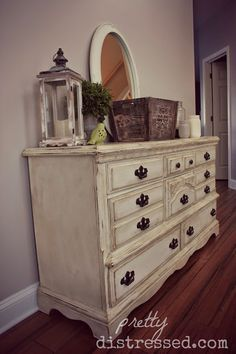Video Tutorial on how to create a heavily distressed dresser with Annie Sloan Chalk Paint in Old White. Part 1 of 3.