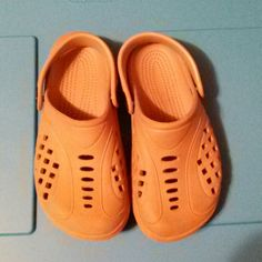 """Kids """"Ranger Rics"""" Crocs Has little bit of damage puncture/tear on the back right croc from being very much loved.... other than that, they are in good condition and in Need of A new home Ranger Shoes Sandals"""