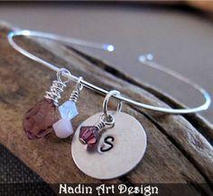 Armband mit dem Monatsstein und Gravur-Anhänger von NadinArtDesign auf DaWanda.com