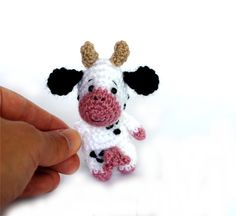 Hey, I found this really awesome Etsy listing at https://www.etsy.com/listing/243784142/amigurumi-cow-tiny-cow-doll-miniature