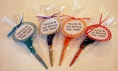 Teacher Appreciation gift -- scissors with a printable tag. #Printable #Teacher_Appreciation