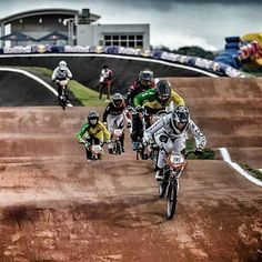 Sarah Walker - on track to getting Olympics points at Rio 2015 Rio 2015, Sarah Walker, Bmx Racing, Bmx Freestyle, Bmx Bikes, Olympics, Track, Bicycle, Sports