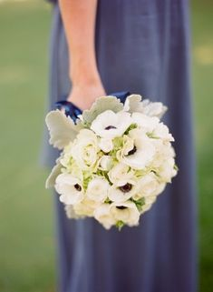 White anemone bouquet | photography by http://lisalefkowitz.com/