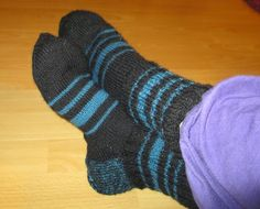 PientäSuurtaNäpertelyä: Neulonta jatkuu. Socks, Sock, Stockings, Ankle Socks, Hosiery