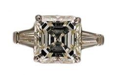 Vintage-engagement-4-41ct-1910-Art-Deco-Asscher-Cut-Diamond-Baguette-ring
