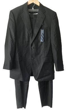 Joseph Abboud Black Wool Two-Button Suit with Pleated Pants, Size 42R / W 34