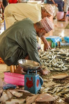 Do not click if you are a vegetarian!  But if you like to get a glimpse into the tradition of another country, this is for you! http://www.zigzagonearth.com/muscat-oman-fish-market/
