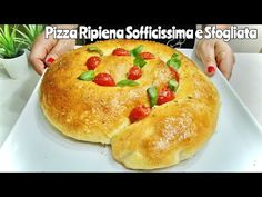PIZZA RIPIENA SOFFICISSIMA E SFOGLIATA 🍕 con sfogliatura all'Olio 🍕 Stuffed pizza puffed - YouTube Bolognese, Prosciutto, Pizza Recipes, Ricotta, Food And Drink, Bread, Cooking, Cocktail, Youtube