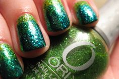 Green/Teal Glitter Gradient Nails