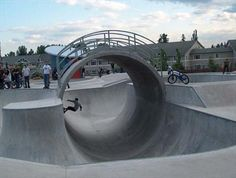 Arbor Heights skate park, Kent, WA. Click image for source and visit the Slow Ottawa 'For Free' board for more great parks.