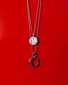 #Colares #SIM e #Círculo > #prata950 e #açocirúrgico. Visite a loja virtual www.wallacebarros.com.br - #colardeaço #colardeprata #hautebijoux #menstyle #joiasmasculinas #acessóriosmasculinos #colarismo #necklace #still #stainlesssteel #stainlesssteeljewelry #colarsimples #bijoux #genderlessjewelry #hipster #colarhipster#homemmoderno