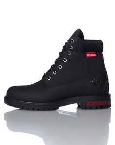TIMBERLAND+Lace+up+front+closure+Helcor+genuine+leather+Ultra+scuff+and+water+proof+boot+Signature+logo+on+side+Ridgid+sole+detail