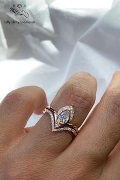 Diamond Wedding Rings, Diamond Rings, Wedding Bands, Victorian Engagement Rings, Dream Engagement Rings, Bridal Ring Sets, Bridal Rings, Wedding Dress Mermaid Lace, Gold Ring Designs
