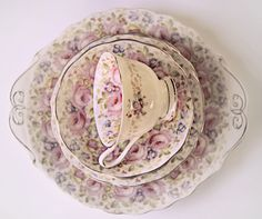 What an enchantingly beautiful china pattern. teacup,saucer-china flowers floral Kitchen Shabby Chic