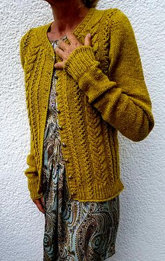 Ravelry: Sopherl pattern by Monie Ebner Hand Knitting, Knitting Patterns, Knitting Ideas, Knit Cardigan Pattern, Fabric Yarn, How To Purl Knit, Knitting For Beginners, Pullover, Cardigans For Women