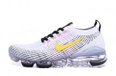 Cheap Nike Air VaporMax Flyknit Kpu Dark Blue/Red Running Shoes, The Nike VaporMax is a new running shoe from Nike. It features sock-like Plyknit uppers and a brand new Air Max sole. Nike calls it the lightest Air Max sneaker. Cute Nike Shoes, Cute Nikes, Nike Shoes Outfits, Pink Running Shoes, Running Shoes For Men, Running Women, Nike Running, Nike Air Jordans, Nike Air Vapormax