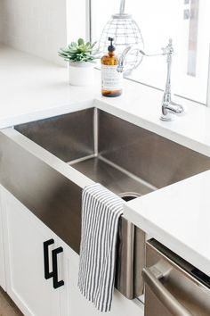 Blanco Stainless Steel Apron Front Sink and Chrome Faucet